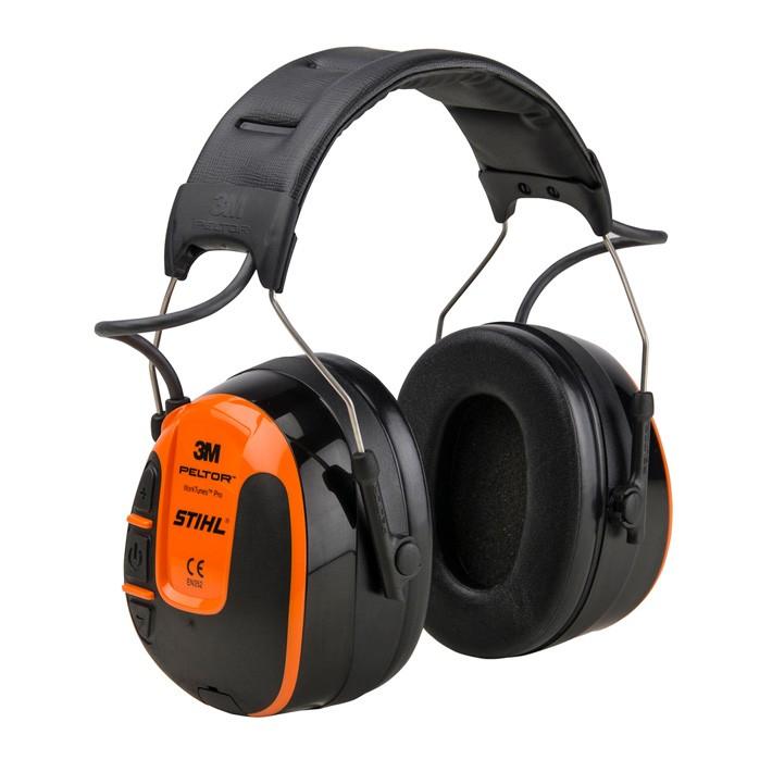 Hallásvédő rádióval